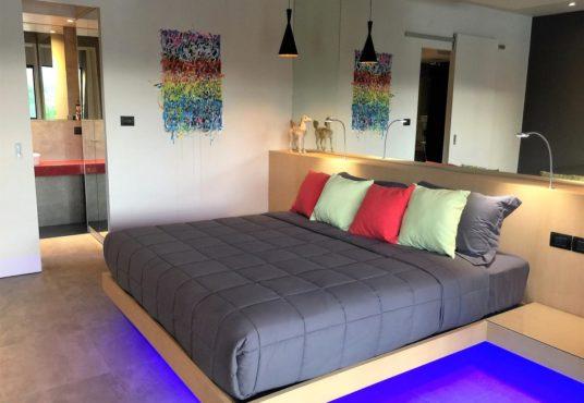 5 BEDROOMS VILLA RAWAI