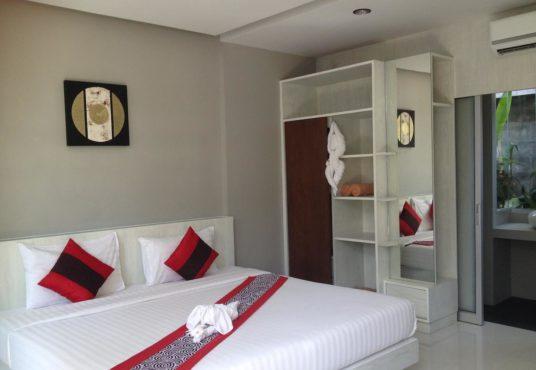 HOTEL WITH POOL RAWAI