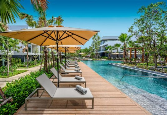 book resort hotel rawai