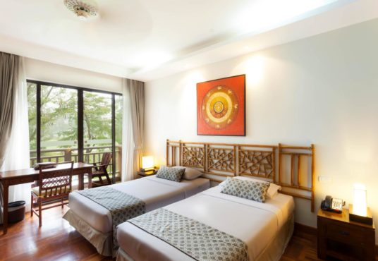 BEST HOTEL BANG TAO